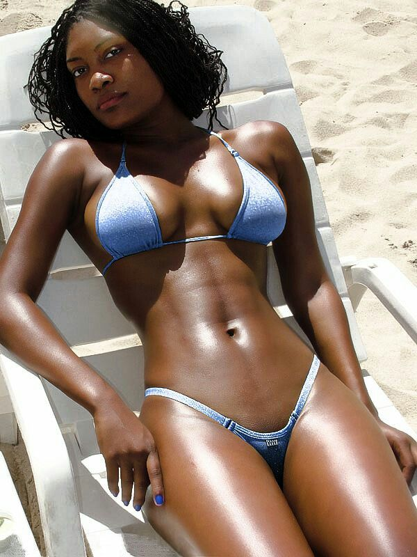 ebony bikini model