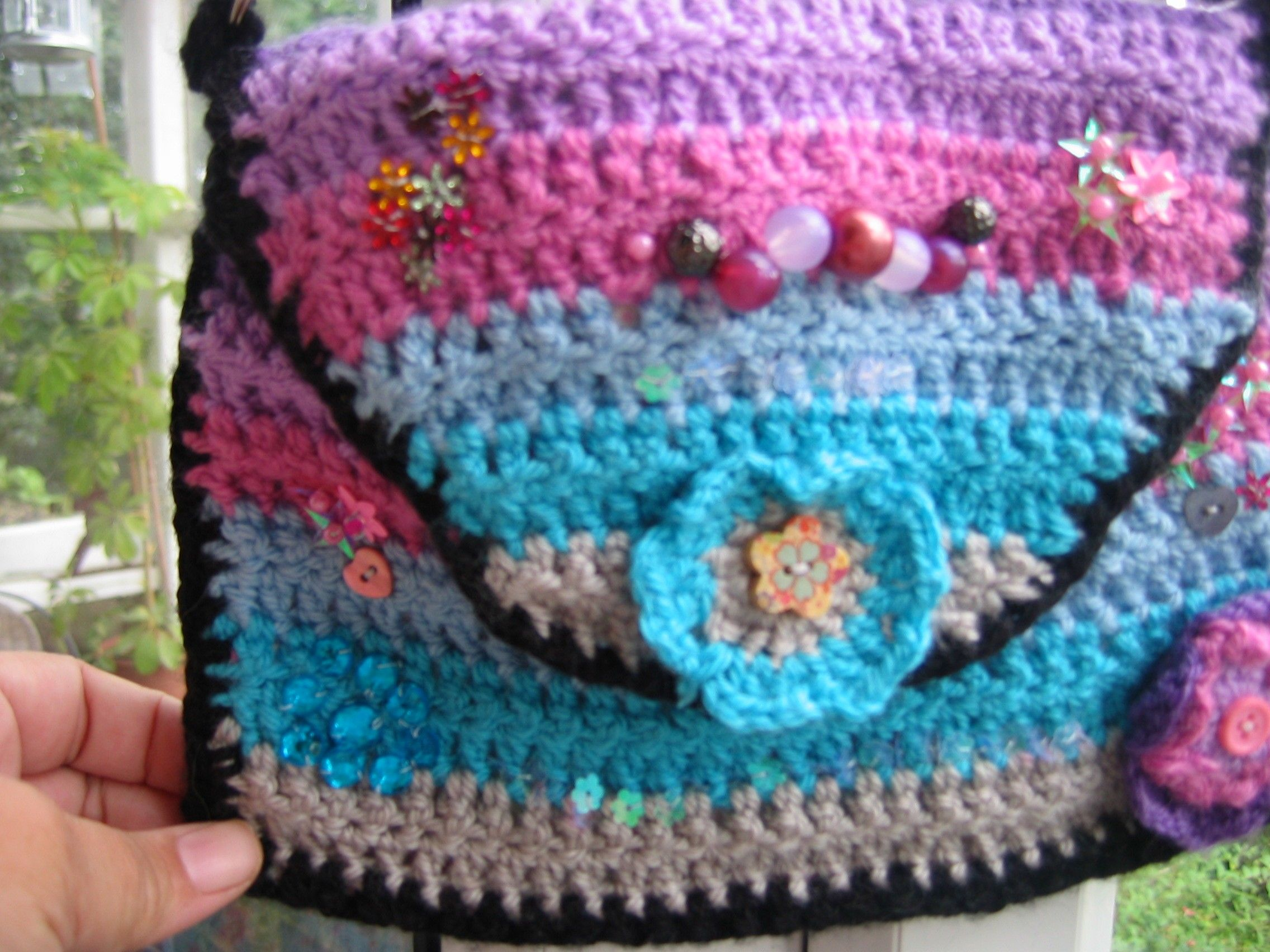 Happy Hippy Sophie Summer Bag. Sorry no pattern. I crochet free hand ...