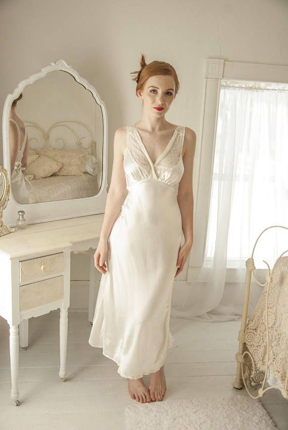 Vintage 1930s White Satin Nightie Dress Silk Slip Lace Bias Cut Satin