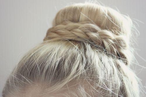Classic Bun Beautiful Hair Pinterest Peinados And Estilo