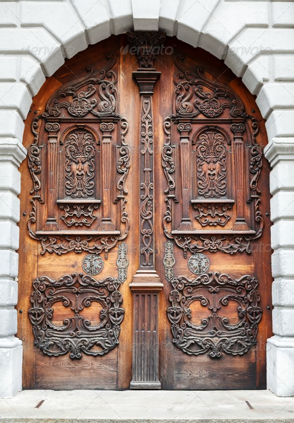 Bigold Doors Big Old Wooden Doors Decorated With Carvings U2013 & Captivating Large Wooden Door Photos - Best inspiration home ... Pezcame.Com