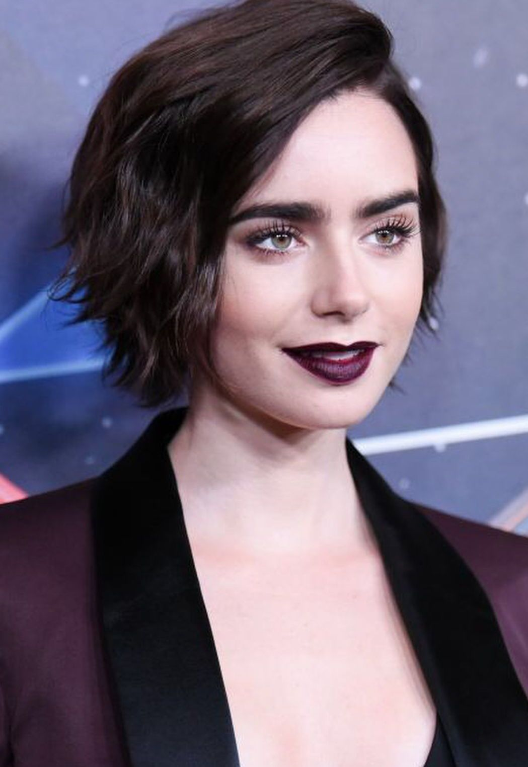 Lily Collins Dark Gothic Makeup Look And Short Hair Style Dark Makeup Looks Short Hair Styles Short Wedding Hair