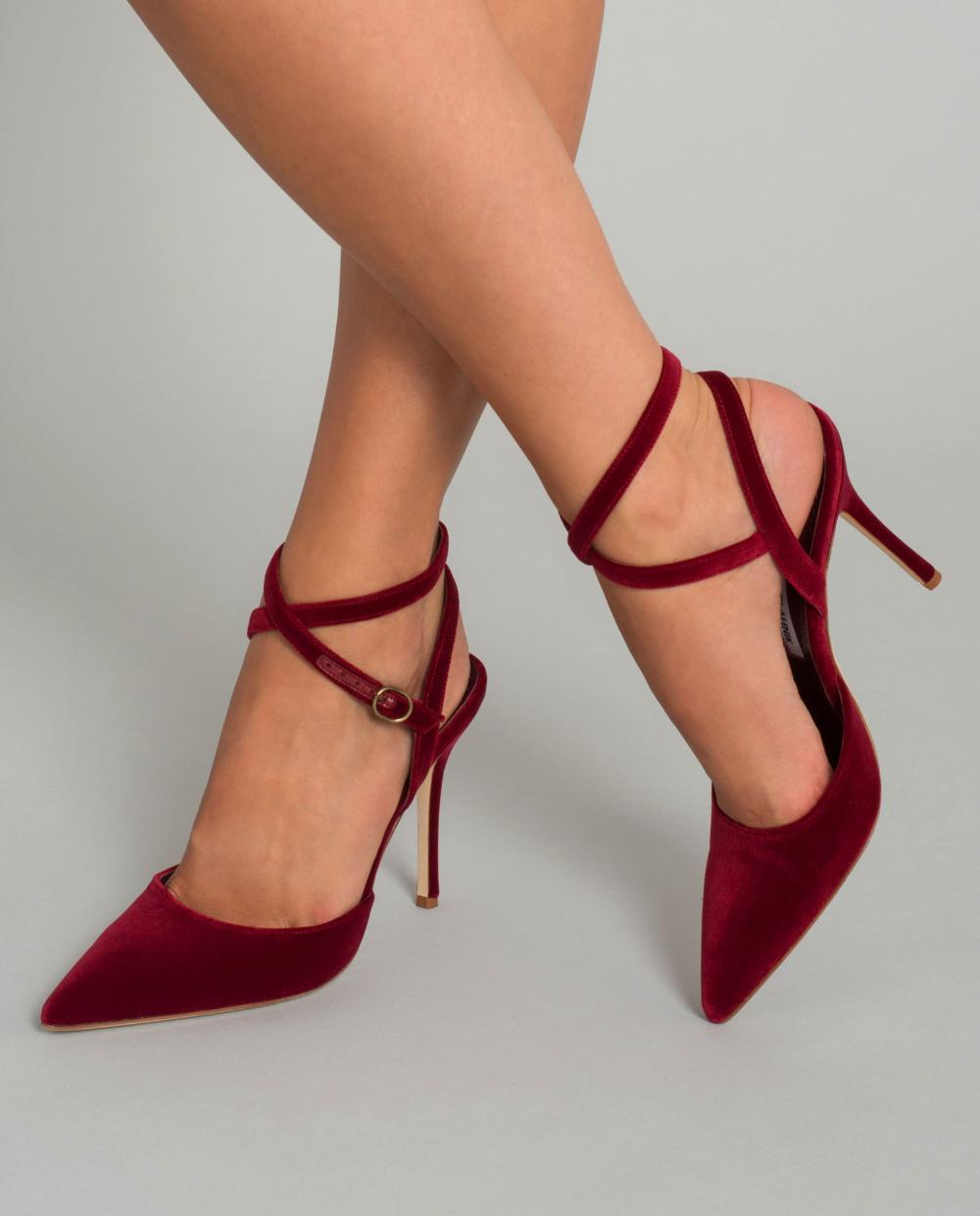 Czerwone Szpilki Z Aksamitu Manolo Blahnik Cena I Opinie Sklep Internetowy Moliera2 Com Heels Pumps Shoes
