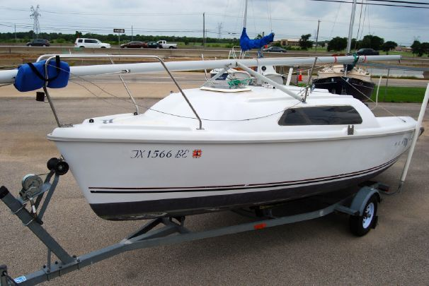 2000 Hunter 212 Sail Boat For Sale Www Yachtworld Com Small