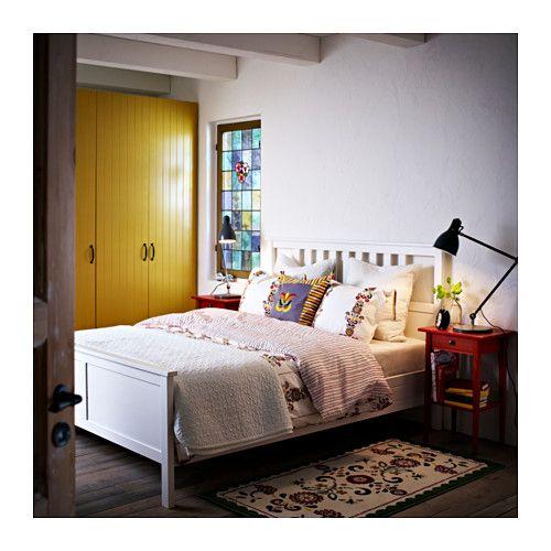elegant hemnes cadre de lit x cm ikea uac with chambre hemnes ikea. Black Bedroom Furniture Sets. Home Design Ideas