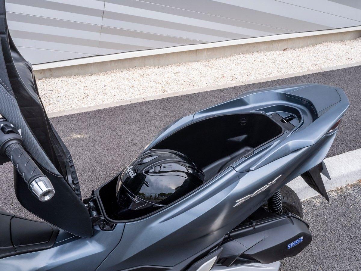 Honda Pcx 2021 Honda Tank Charger
