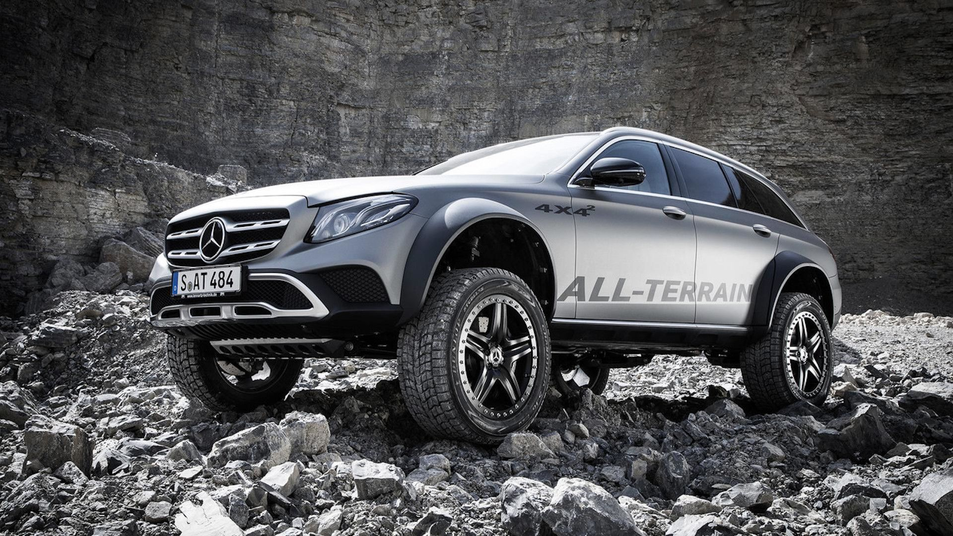 mercedes benz e class all terrain 4x4 is very real and it comes straight from the brilliantly. Black Bedroom Furniture Sets. Home Design Ideas