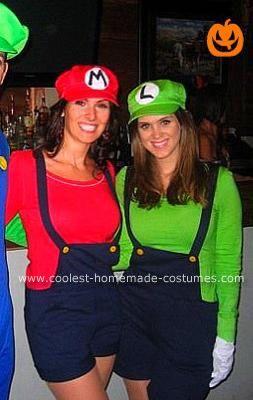 Coolest Homemade Female Mario And Luigi Costumes Mario And Luigi Costume Luigi Costume Halloween Costumes Women