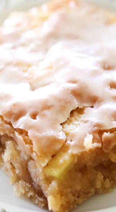 Caramel Apple Sheet Cake #applerecipes