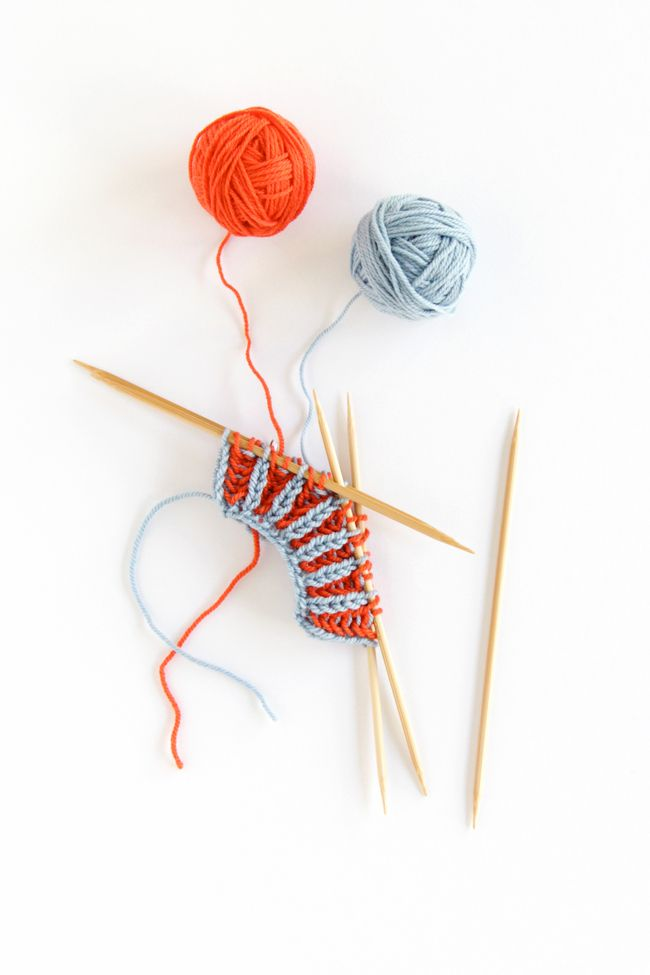 How to Knit Two Color Brioche Rib / Funkasonic KAL | D.I.Y. ...