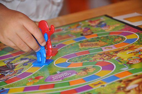 Siete Juegos De Mesa Clásicos Para Niños Dinamicas De Juegos Juegos De Mesa Juegos