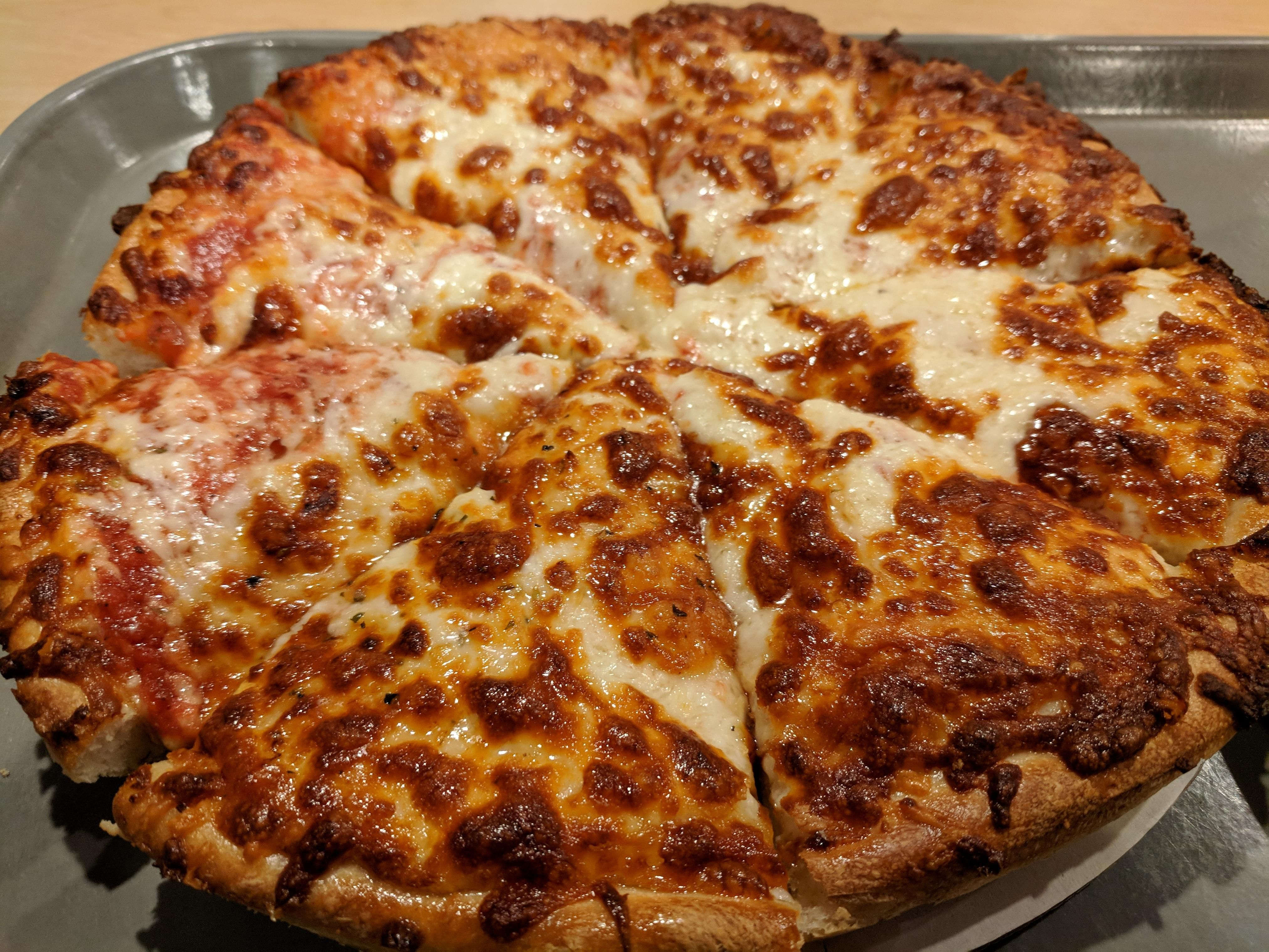I Ate Cheese Pizza Tilton House Of Pizza Tilton Nh Recipes Cheese Pizza Great Pizza