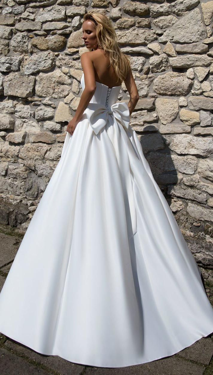 Simple satin wedding dresses with big bow sexy strapless bridal