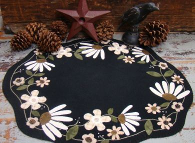 flower penny rug tablemat pattern