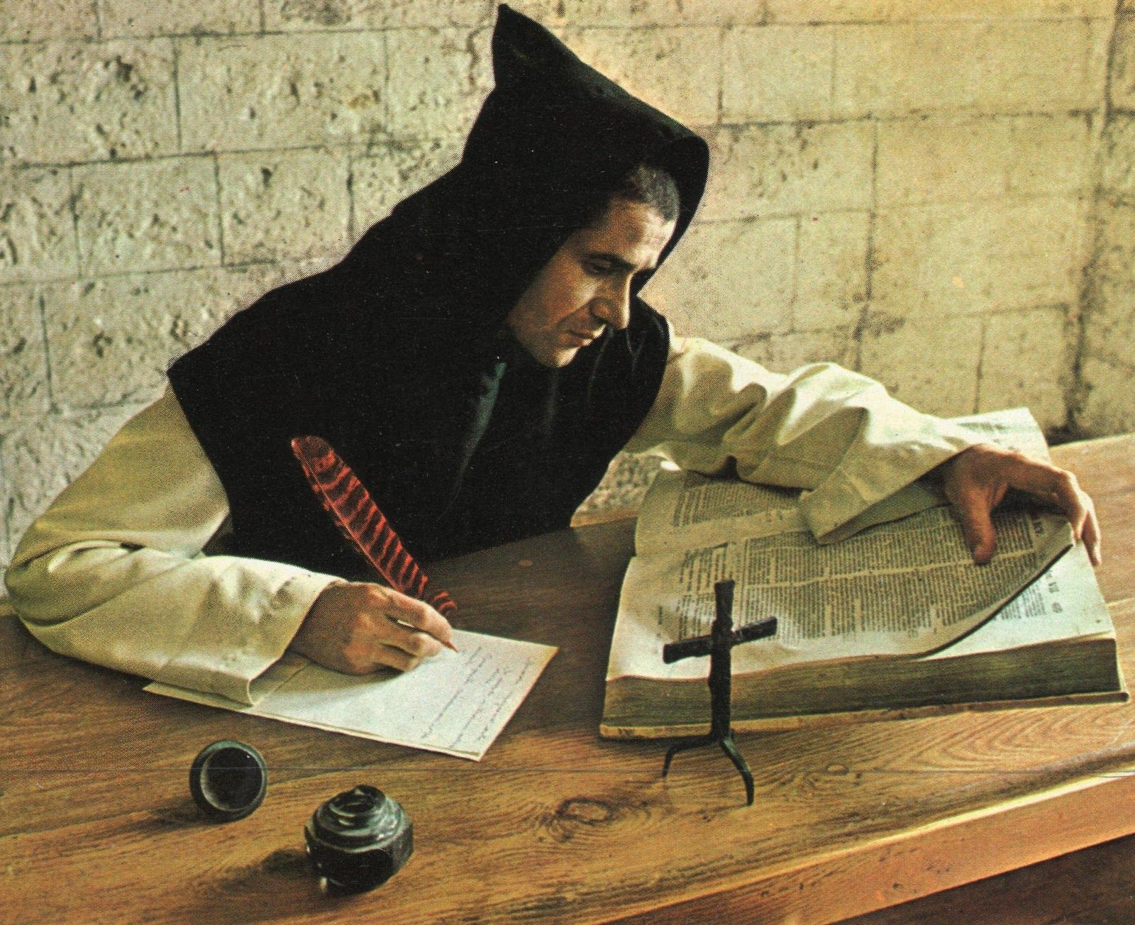 Enjoyable H2 Trappist Monk In Tunic And Scapular W Standard Pointed Interior Design Ideas Ghosoteloinfo