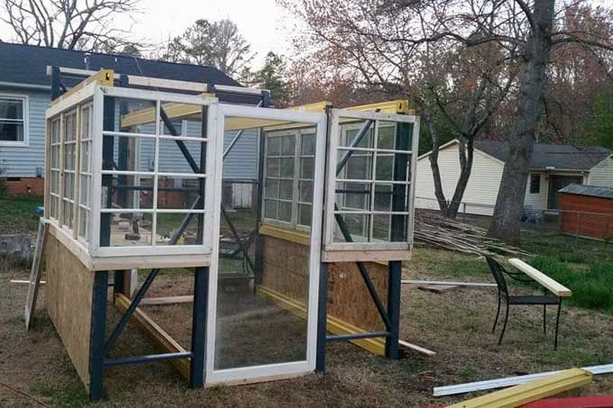 Build A Greenhouse Out Of Free Pallet Racking Gardener S Path Build A Greenhouse Greenhouse Greenhouse Farming
