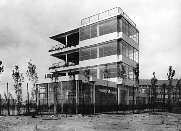 Open air school for healthy children cliostraat for Architecture 1930