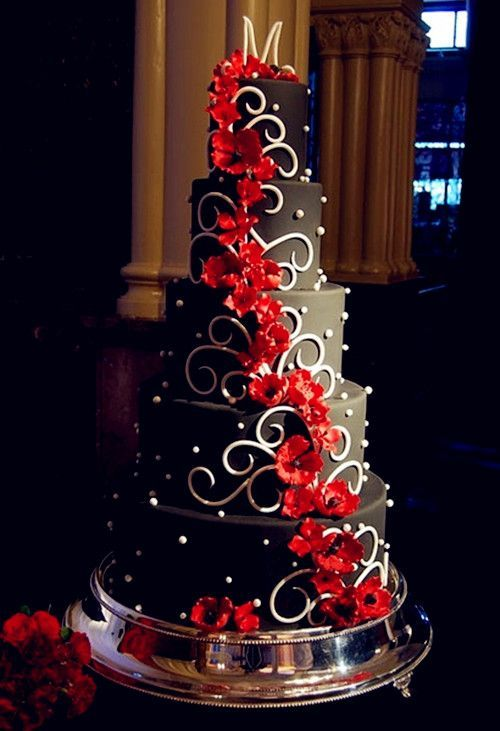 Red Wedding Theme Black And White Cakes For