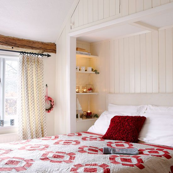 Guest bedroom. Country Homes and Interiors. Housetohome.co.uk.