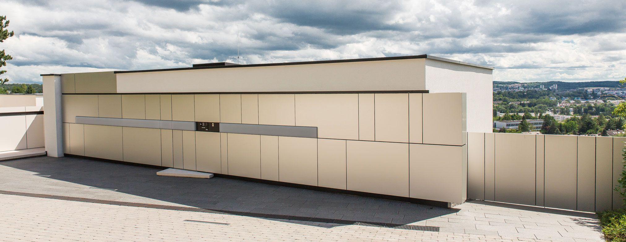 Fassadenbündige Garagentore, Kipptore und Sektionaltore | Hausbau ...