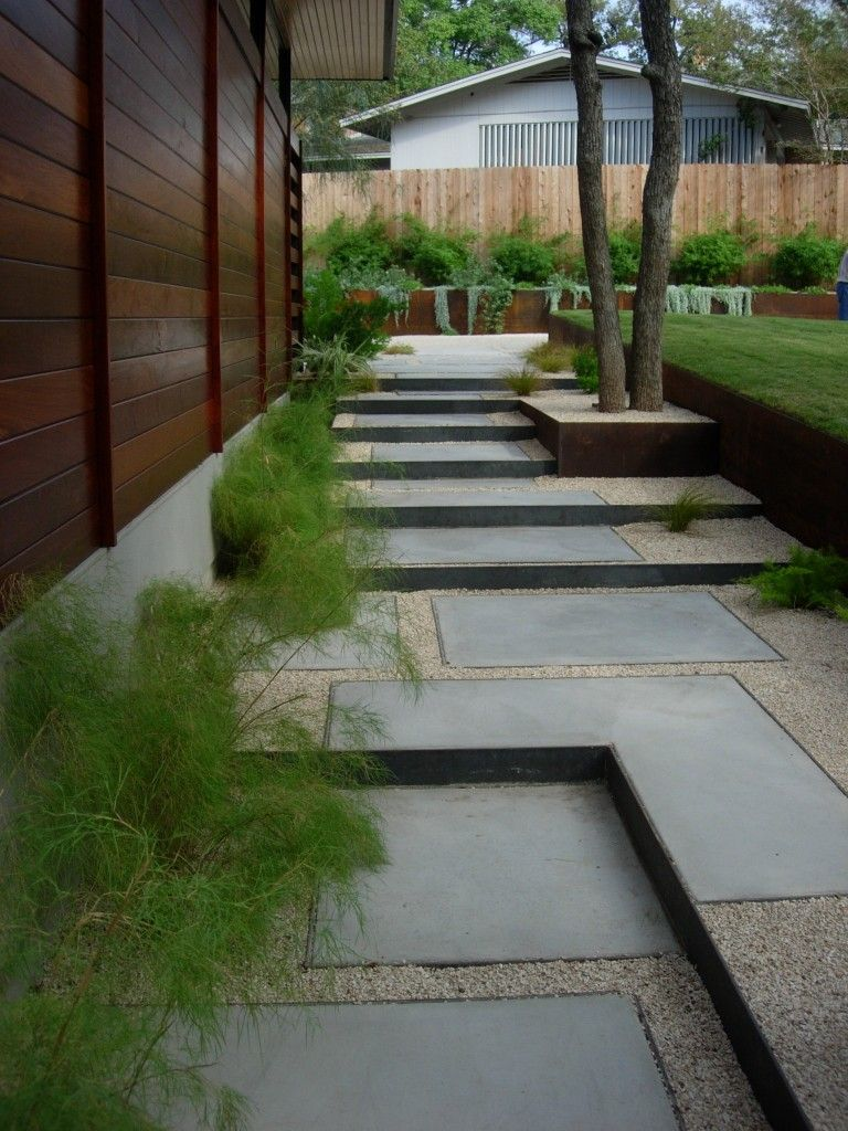 Best Note Steel Edge Steps And Low Retaining Walls Concrete 400 x 300