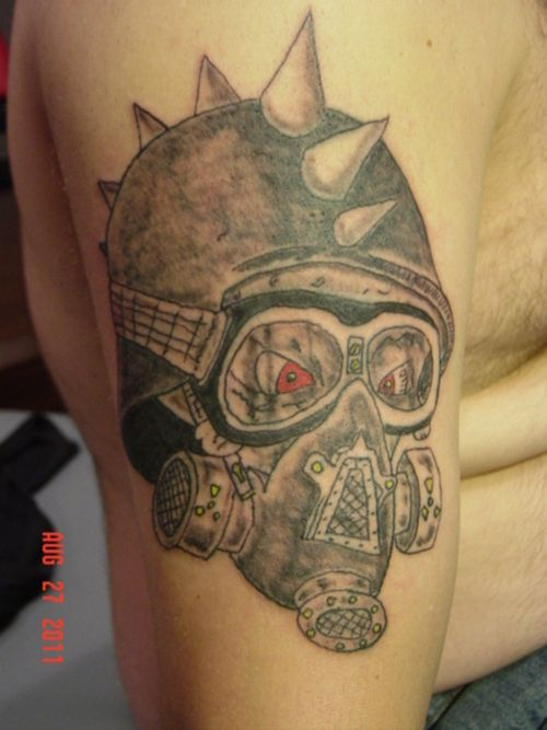 skull with gasmask tattoo picture at cool gas mask tattoo stencils. Black Bedroom Furniture Sets. Home Design Ideas