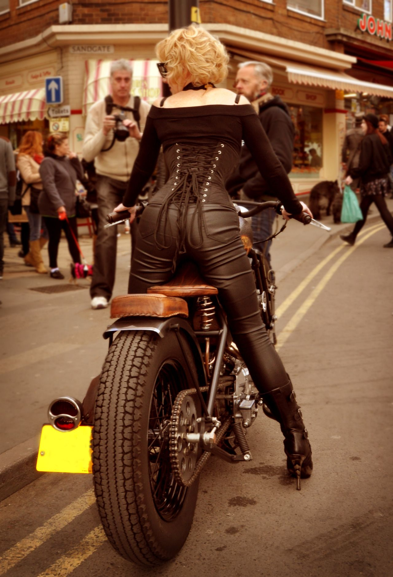 Ju Elle Whitby Goth Weekend | Jue Elle | Biker girl, New ...
