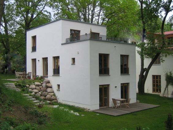 Haus am hang architecture pinte for Hauser plane einfamilienhaus