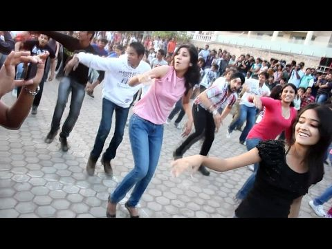 indian girl dance funny