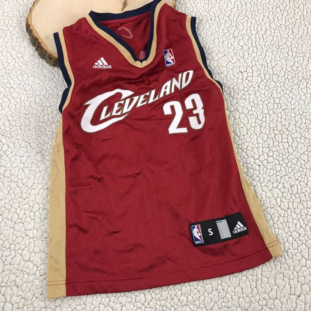 Adidas NBA Cleveland Cavs Lebron James 23 Basketball Jersey Youth Size S  Small  adidas 95178a0ed