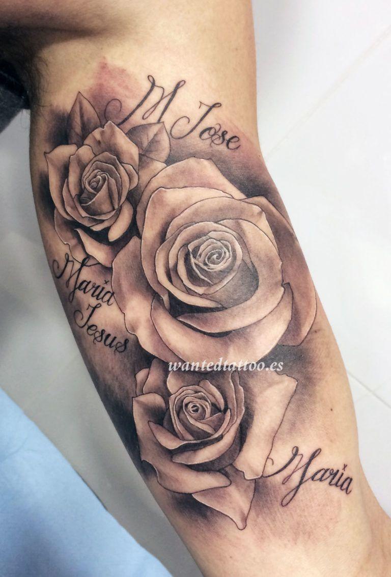 De 100 Tatuajes De Rosas Con Imagenes Y Significados Tatuajes De Rosas Tatuajes De Rosas Para Hombres Tatuaje De Rosa Realista
