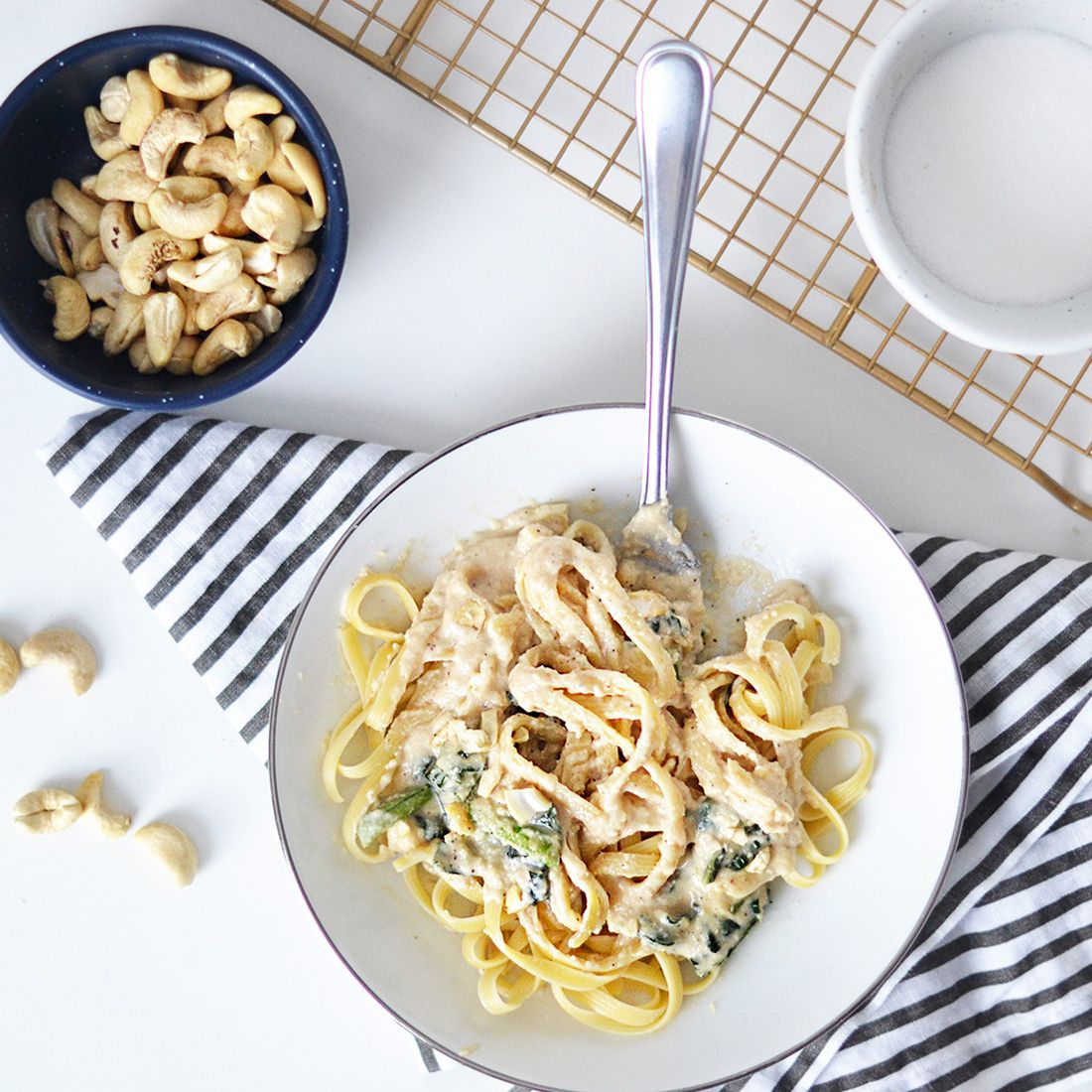 This Cashew Milk Alfredo Pasta Recipe Is a Vegetarian's Dream