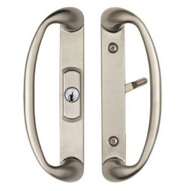 Center Keylocking Sonoma Sliding Door Handle In Brushed Nickel Fits 1 3 4 Thick Doors With 3 Hole Face Mo With Images Sliding Door Handles Sliding Glass Door Door Handles