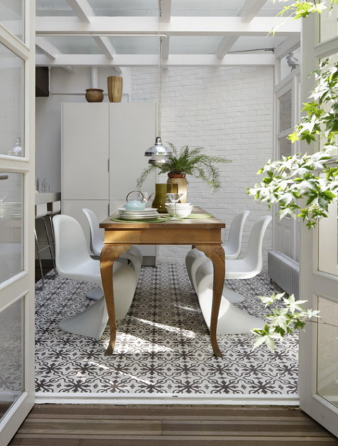 A Vintage Dining Table Is Spruced Up