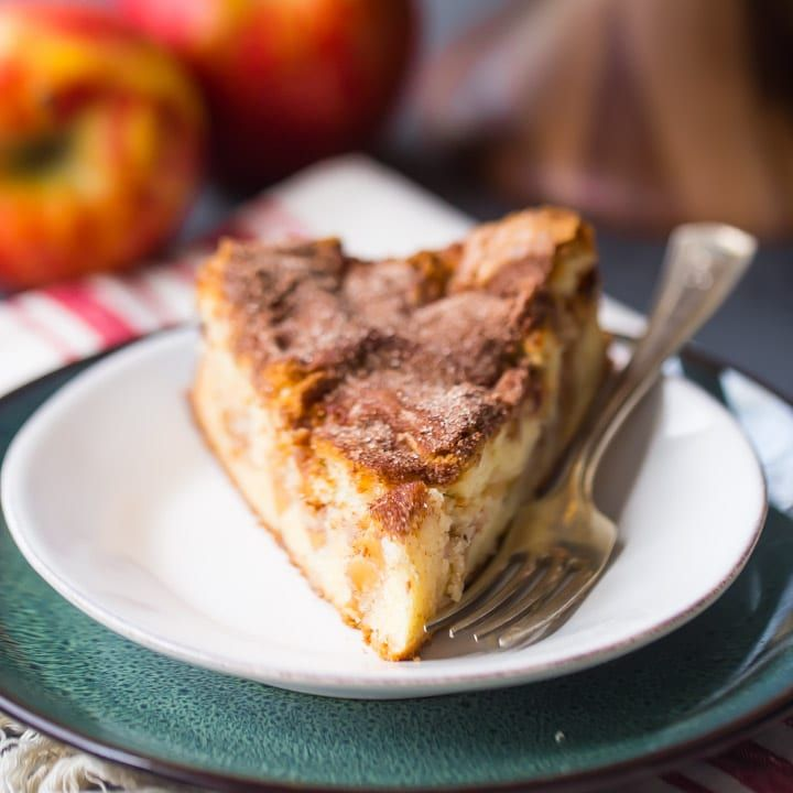 Jewish Apple Cake: insanely moist, cinnamon-y, and enriched with toasty brown butter and cream cheese. #best #recipe #easy #jewish #apple #cake #dessert #moist #philadelphia #families #holidays #baking #food #cinnamon #simple #sweets #fall #breakfast #cooking #newyears #roshhashanah #ideas #thanksgiving
