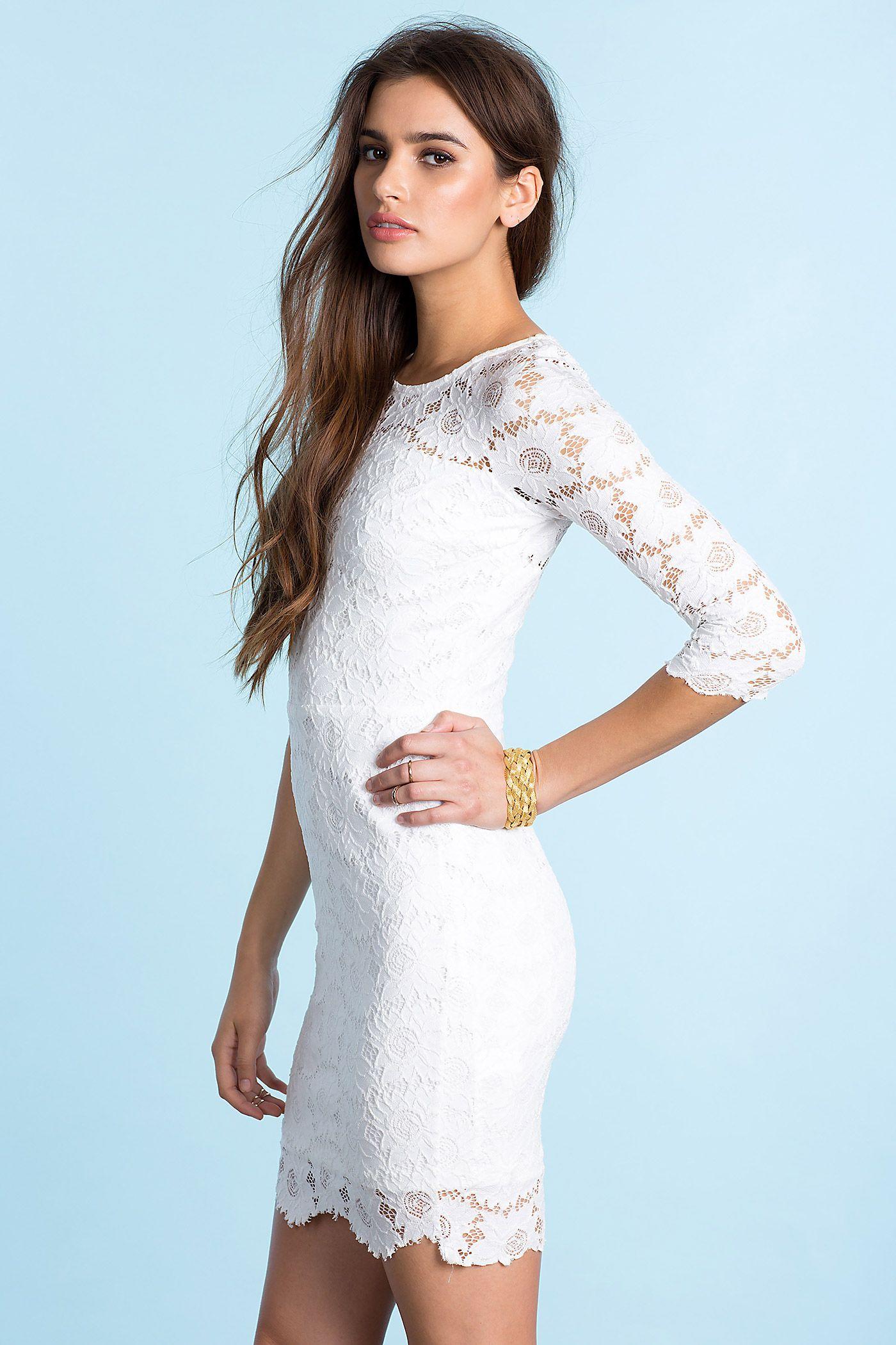 fd57387f156b31b Кружевное платье Размеры: M, L Цвет: белый Цена: 2210 руб. #одежда ...