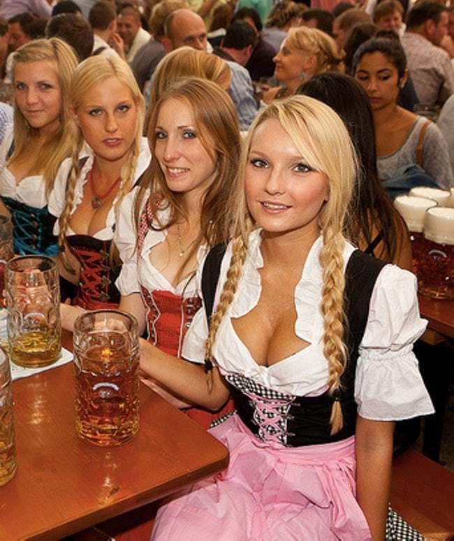 Pin by Fulp on Beer Oktoberfest woman, Beer girl