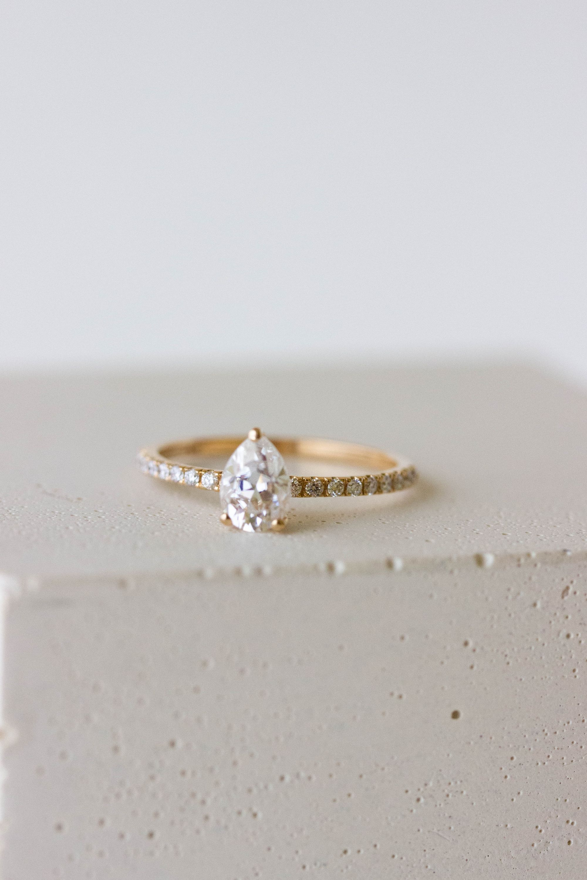 The Rianne Ring In 2020 Engagement Rings Antique Rings Rings
