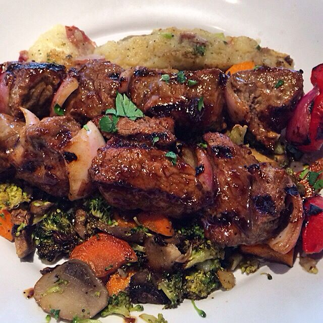 Zoes Kitchen Steak Stack steak kabobs, roasted red potatoes & veggies at zoe's kitchen 880