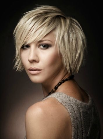 2 Stunning Summer Hairstyle Ideas For Short Hair With Styling Tips Hair Styles Short Blonde Haircuts Medium Hair Styles