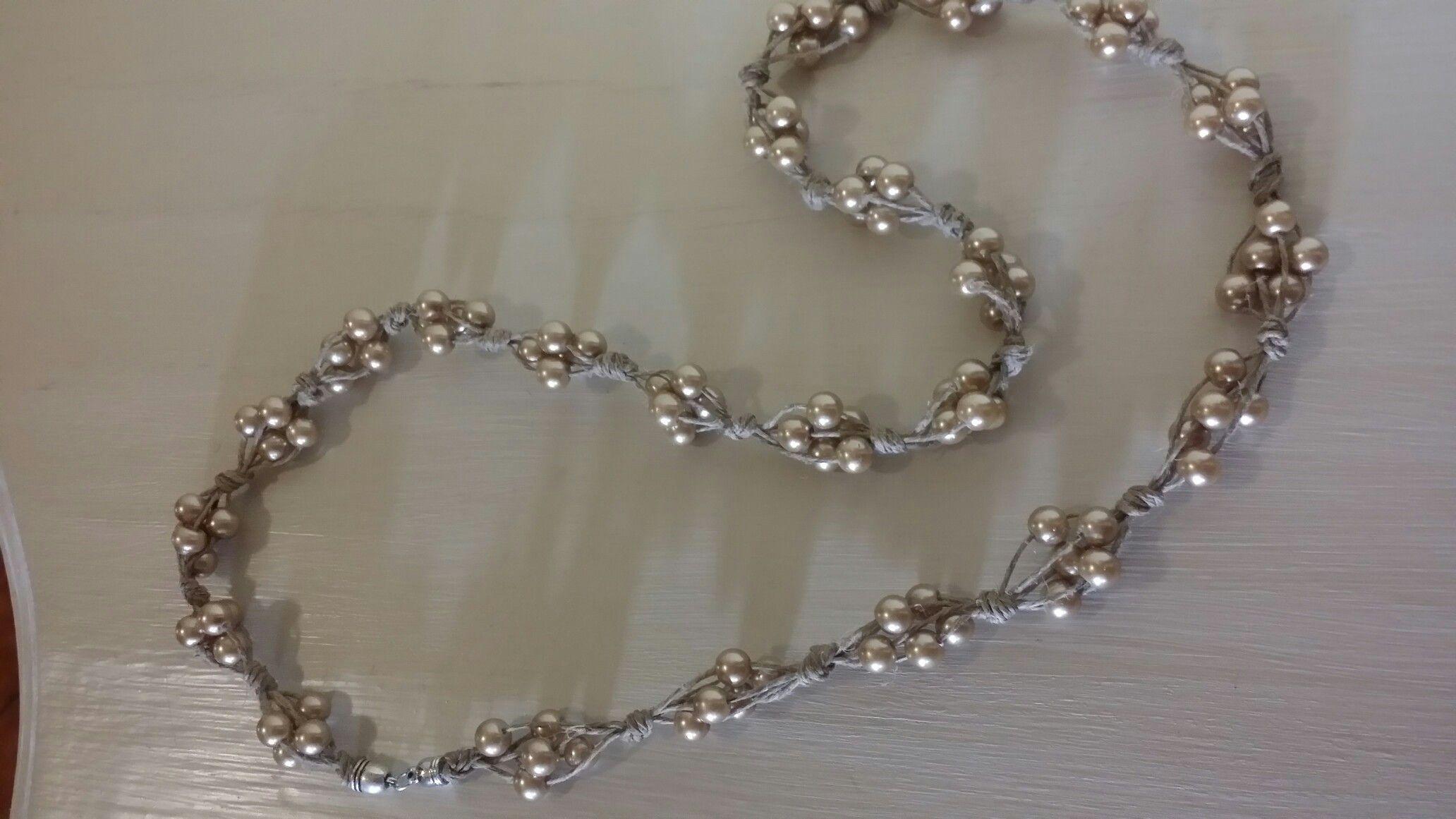 outlet 0c537 9fcdf Collana spago e perle   uncinetto filo metallico   Perle ...