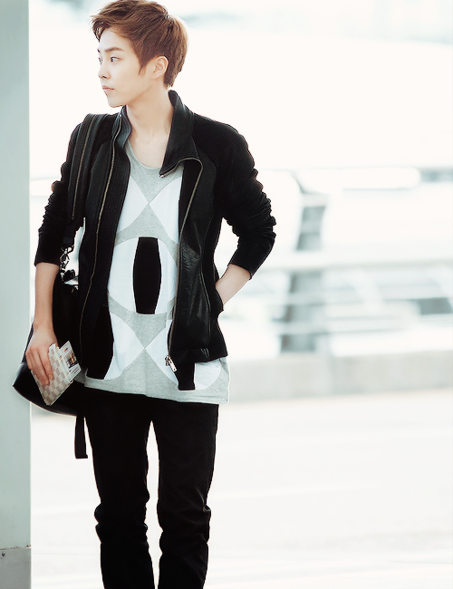 Don't care if I already pinned this. Minseok is just is beautiful ;-;