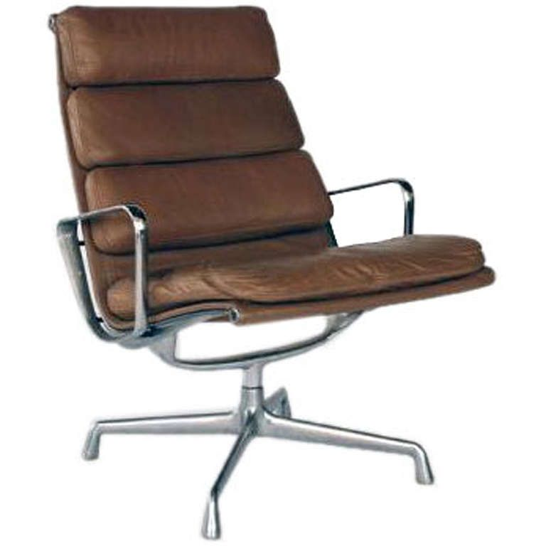 Wonderful Vintage Aluminum Group Lounge Chair By Eames For Herman Miller