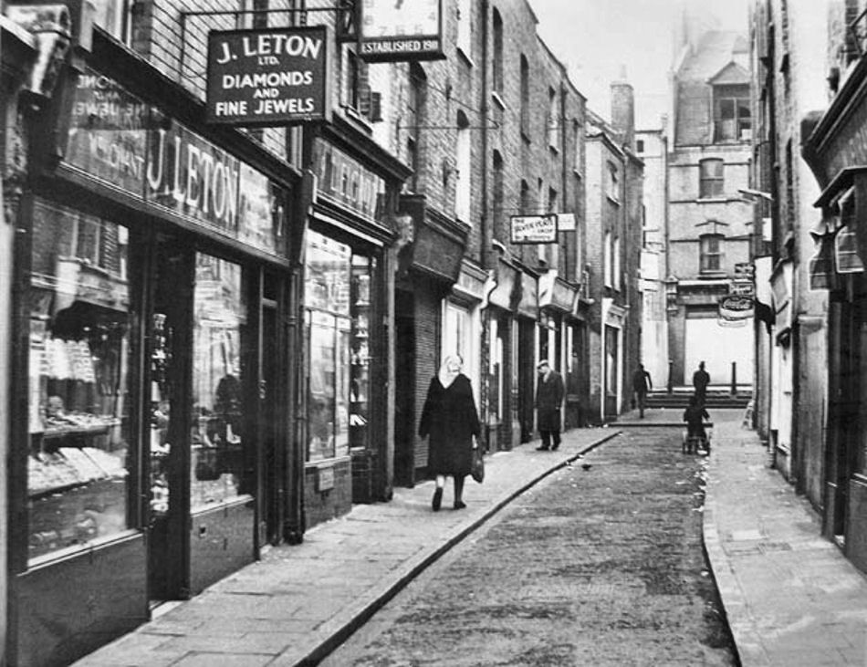 Black Lion Yard Whitechapel Former Haunt Of Jack The