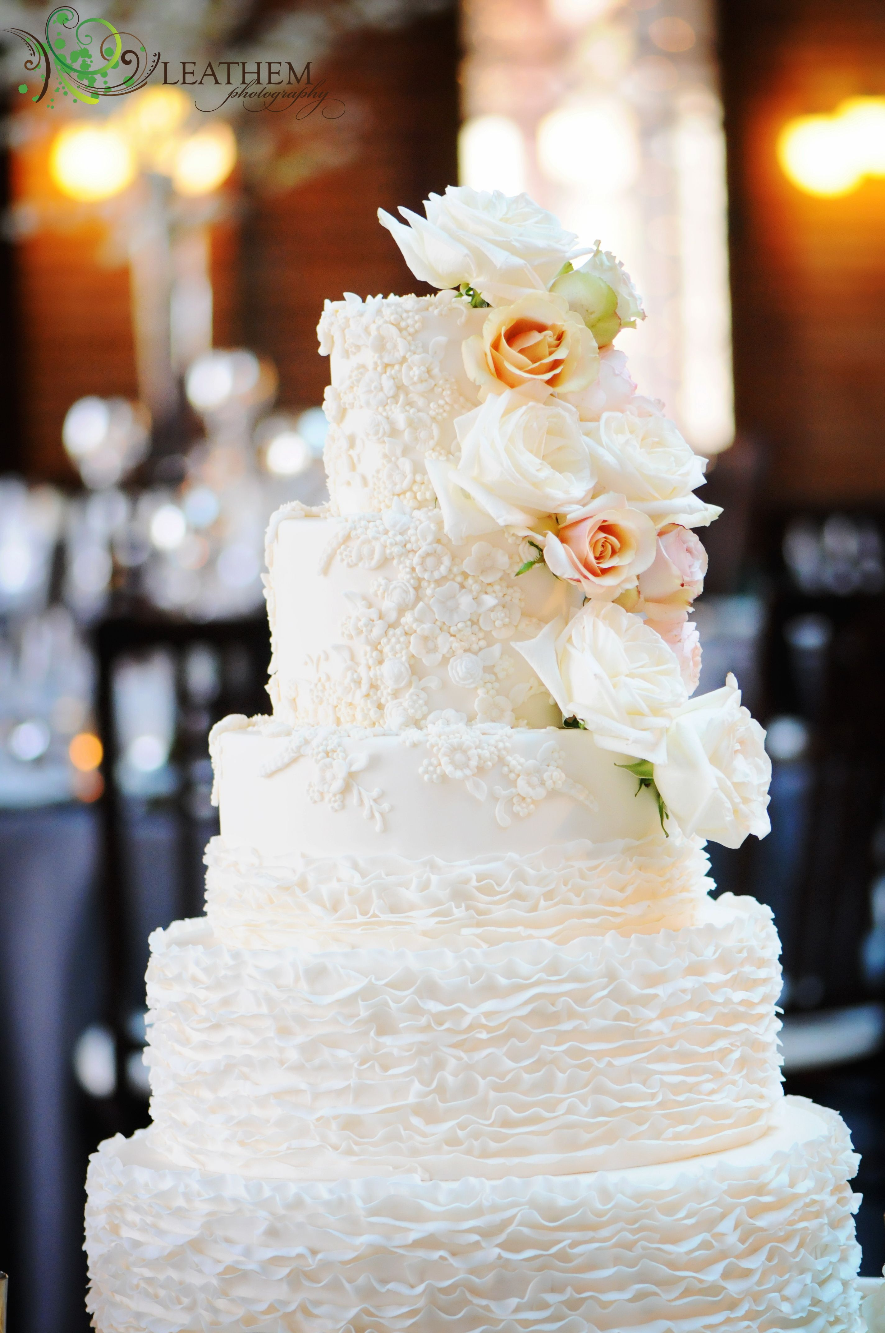 Amy beck cake design chicago il tier lace and ruffle fondant