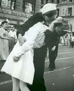 Back from war~ The most famous picture of all times! The War is over and the men are coming home! God Bless America