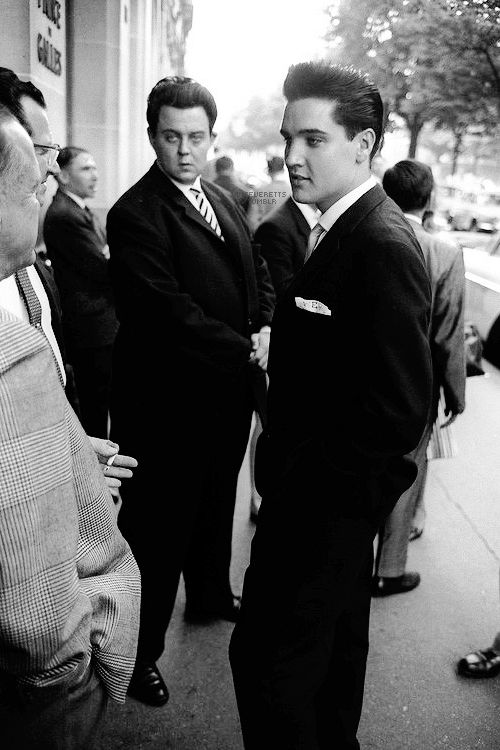 "Elvis photographed in front of the ""Prince De Galles"" hotel in Paris, June 1959."