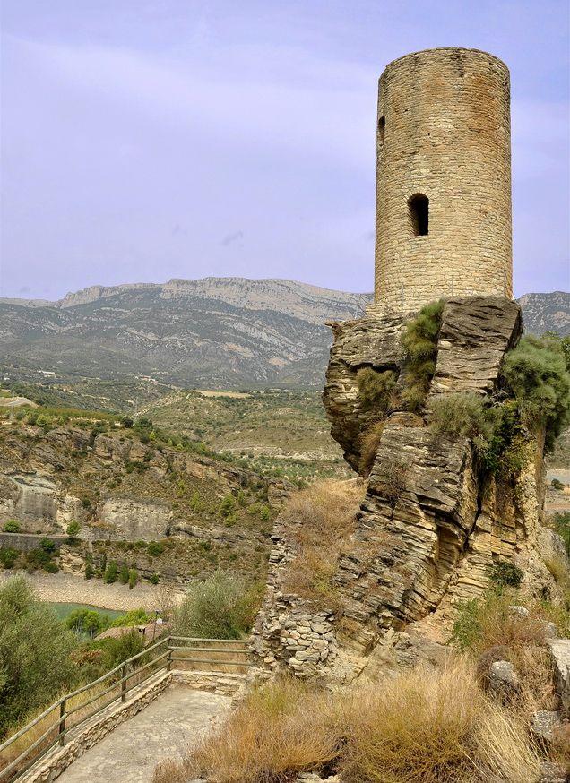 Anexo Bienes De Interés Cultural De La Comarca De Noguera Provincia De Lérida Wikipedia La Encicloped Castillos Castillos Encantados Castillos Abandonados