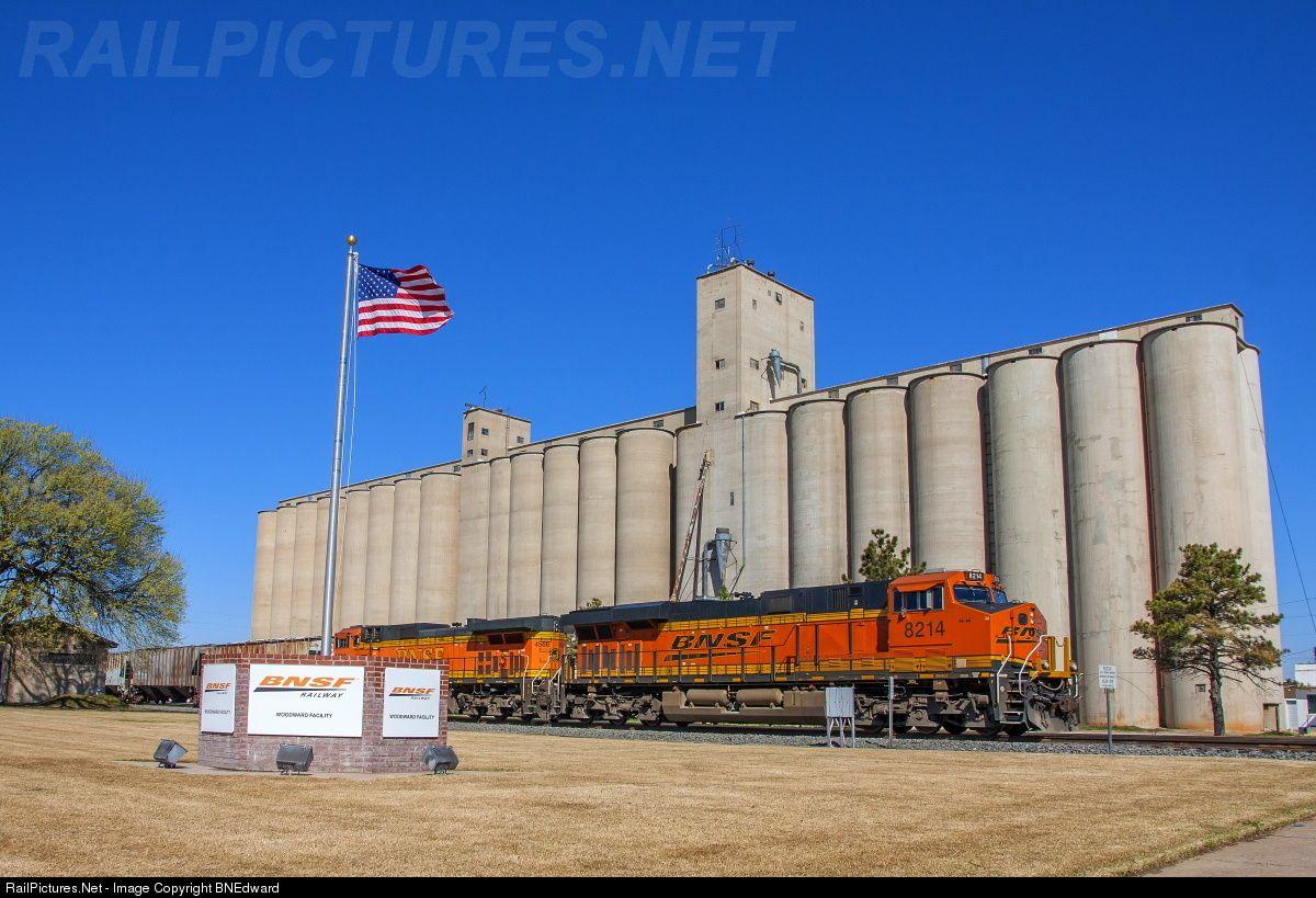 RailPictures.Net Photo: BNSF 8214 BNSF Railway GE ES44C4 at Woodward, Oklahoma by BNEdward