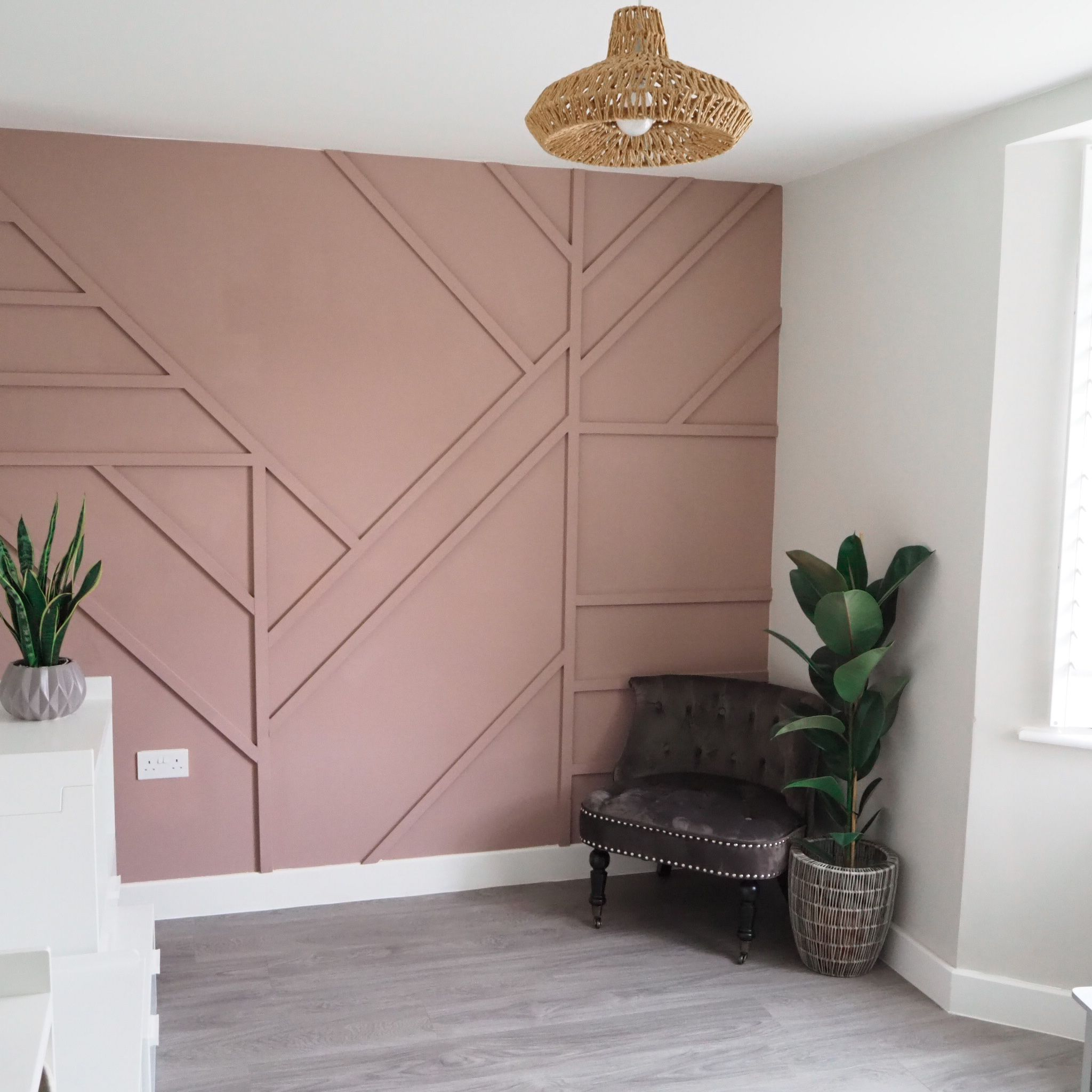 Diy Geometric Wall Panelling In Sulking Room Pink Accent Wall Bedroom Home Decor House Interior